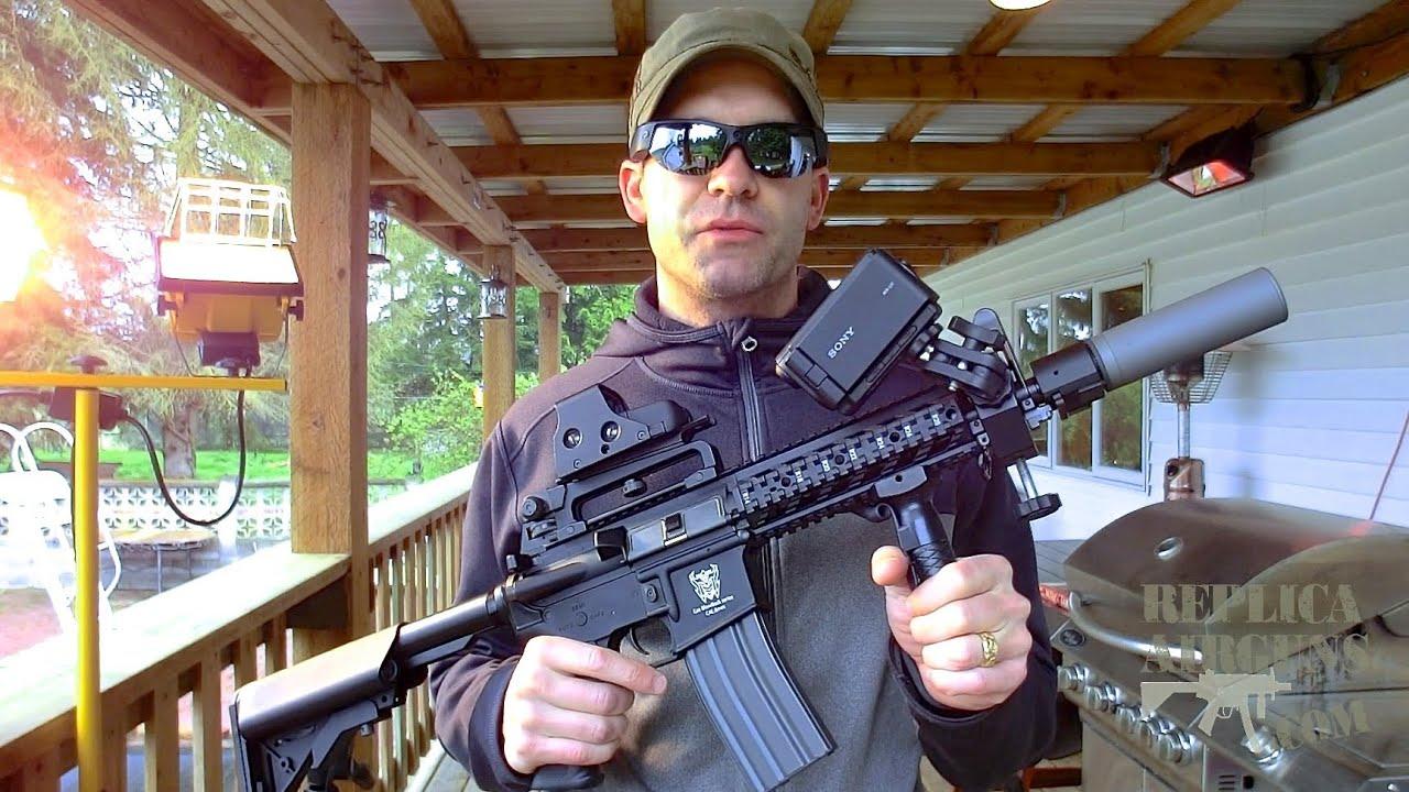 Examen de tir sur le terrain d'un essai comparatif de test sur le terrain du fusil G & G Airsoft AR AR