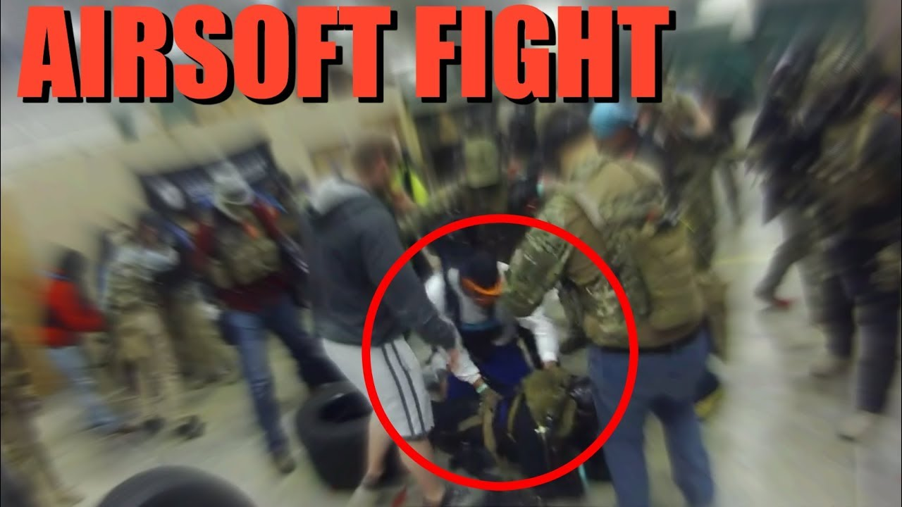 Huge Airsoft Fight (Appel de la police)