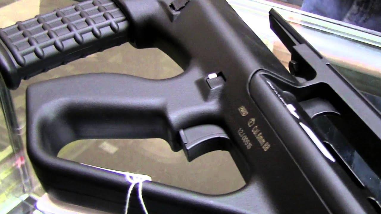 ASG Steyr AUG A2 Airsoft Revue des armes à feu   Fox Airsoft