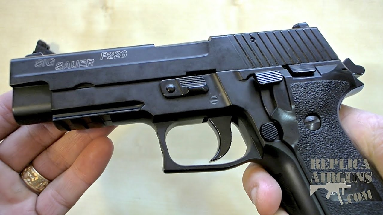 Cybergun Sig Sauer P226 GBB Blowback Airsoft Pistolet De Table Revue