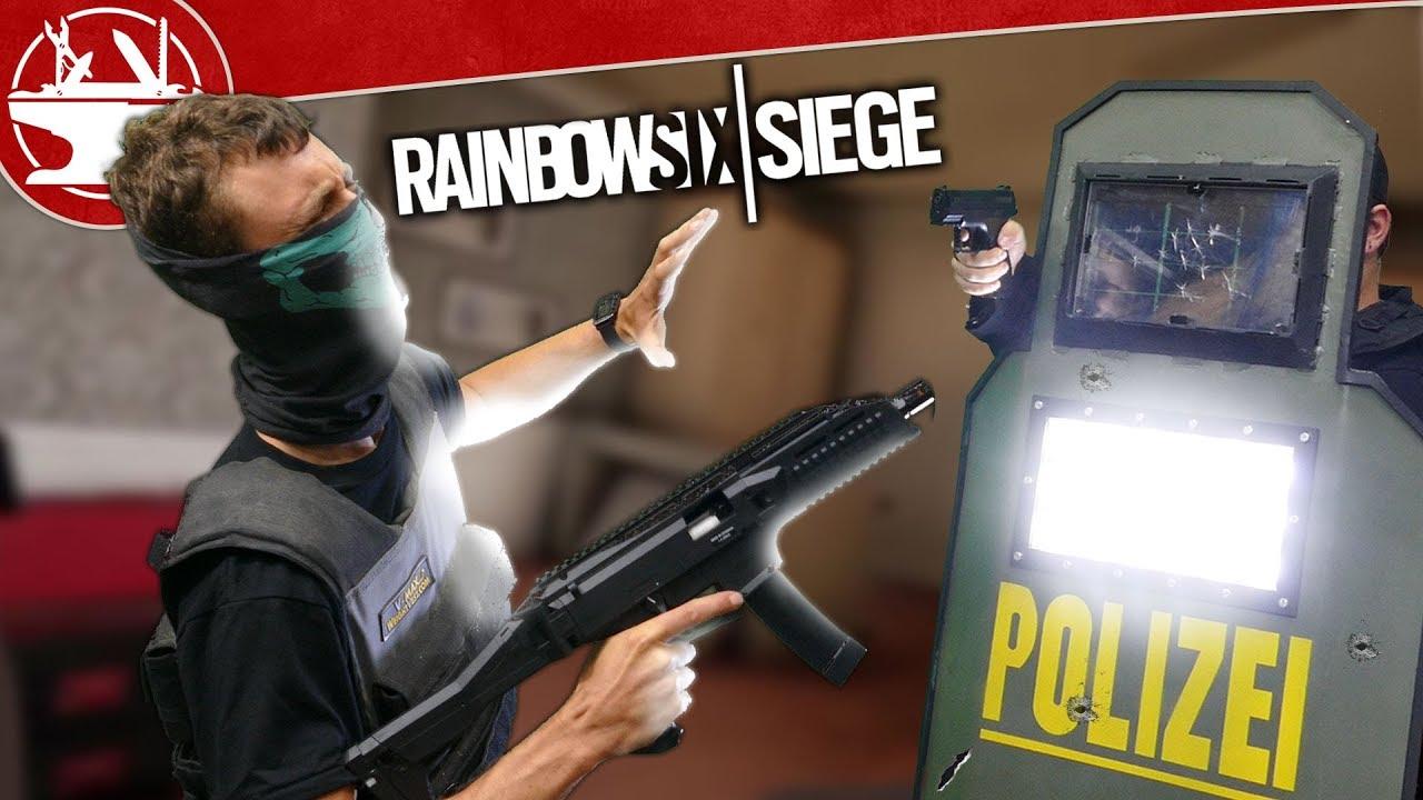 Real Life Blitz Shield est plus léger que le soleil! (à partir de R6 Siege)