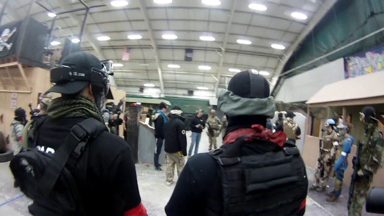 Champ de bataille à Stryker Airsoft Arena. (Surligner)