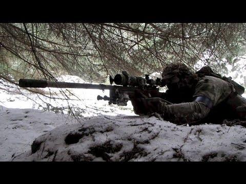 Les fusils de sniper Airsoft War L96 en action. Section8 1080p HD