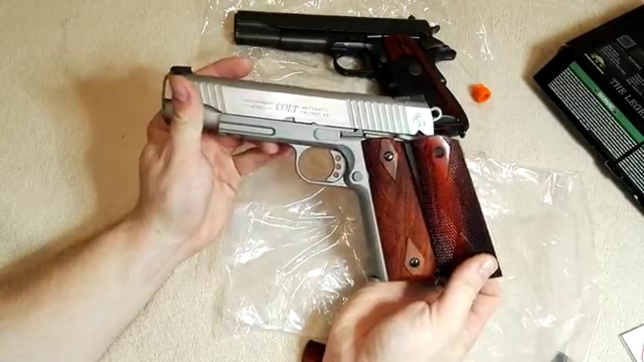 Cybergun COLT 1911 RAIL GUN (KWC) CO2 Airsoft 6 mm GBB unboxing et aperçu