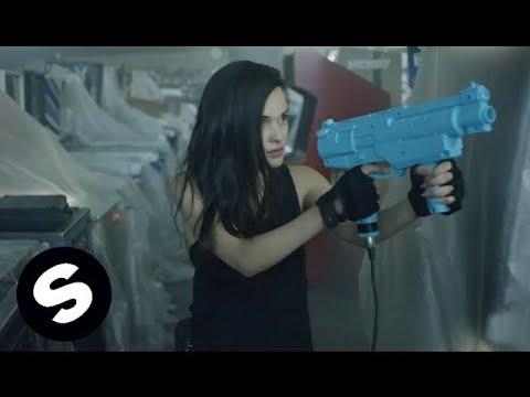 Tiësto & KSHMR feat. Vassy – Secrets (Clip officiel)