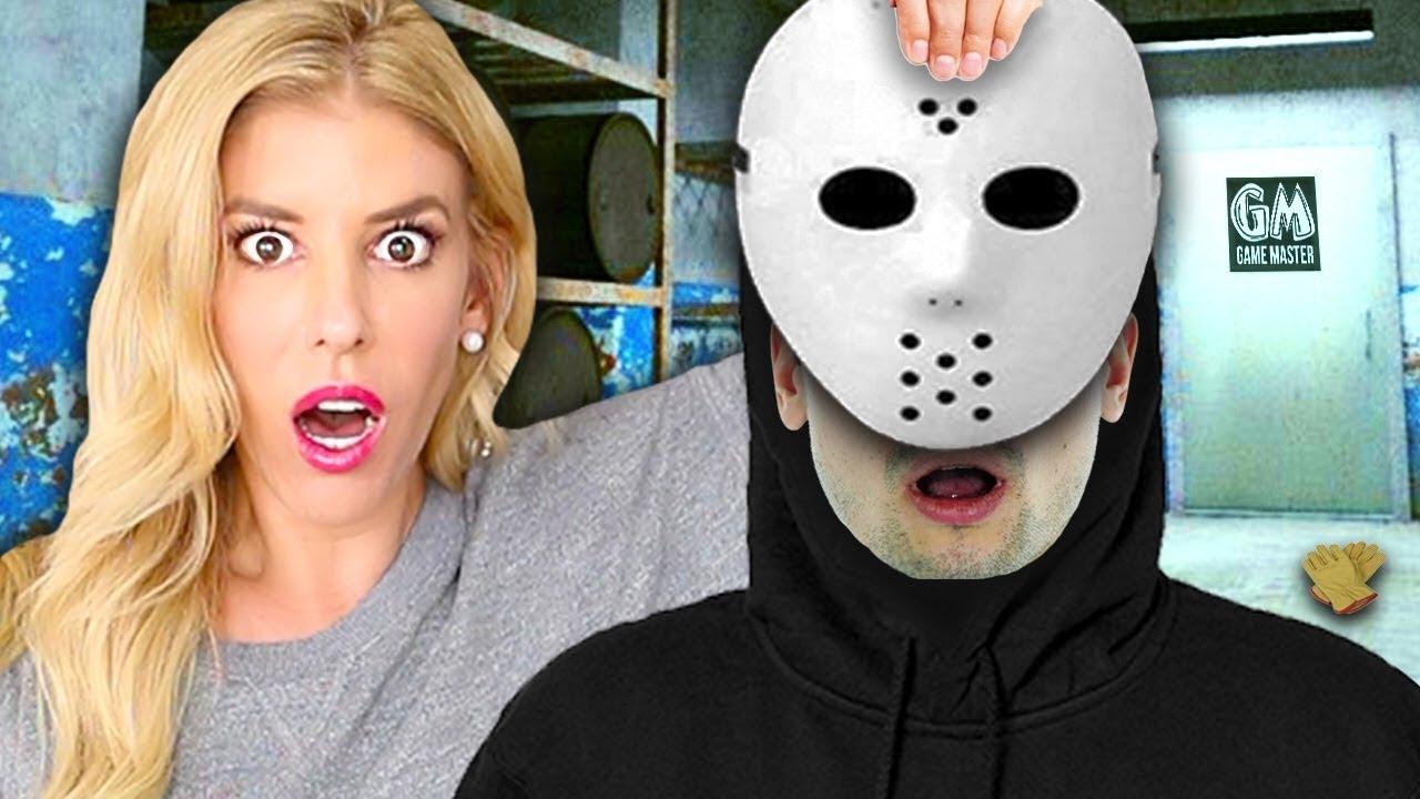 J'ai piégé le maître des jeux Spy et jeté son masque! (Face Reveal utilisant Ninja Gadgets and Clues)