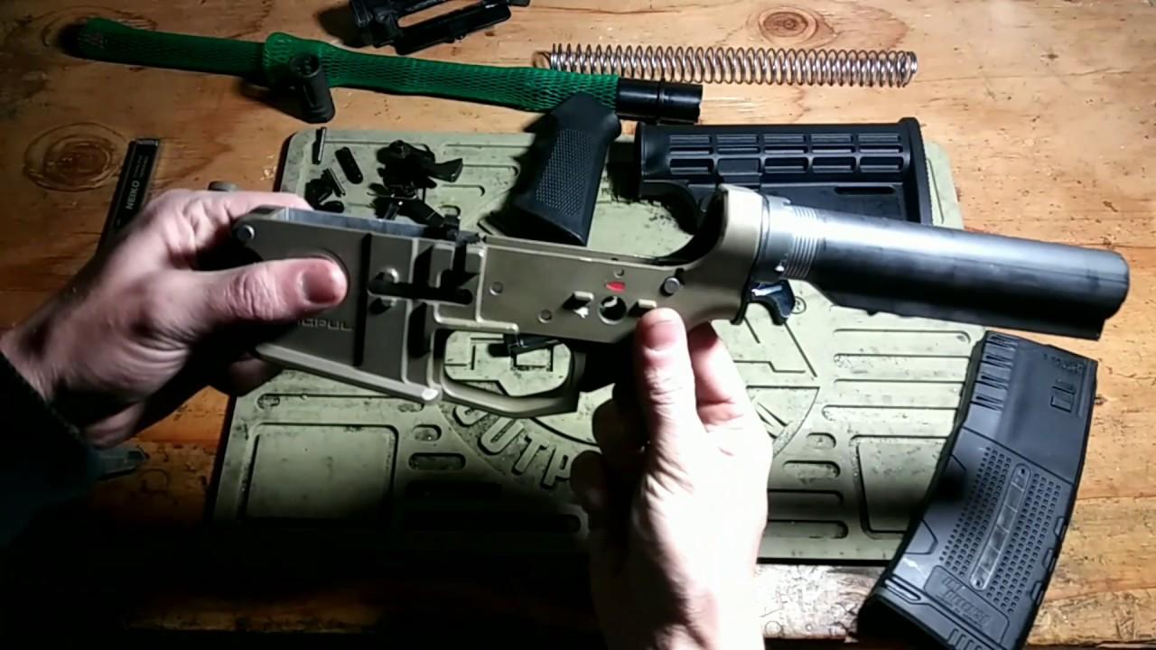 MythbustAR15 Pouvez-vous construire un vrai pistolet avec des pièces Airsoft?