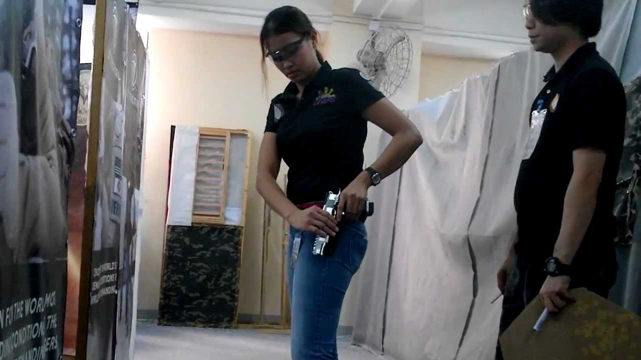 Hong Kong.IPSC Mae Rubio du tireur de match airsoft 511 de l'équipe des Philippines