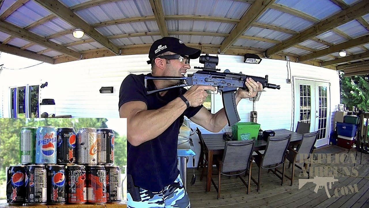 Test de champ de fusil d'assaut Airsoft WE AK-74UN