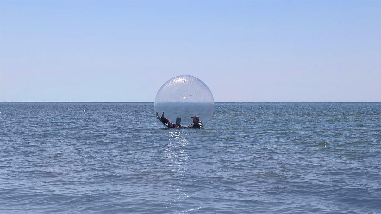 Gagner une partie de Fortnite au milieu de l'océan