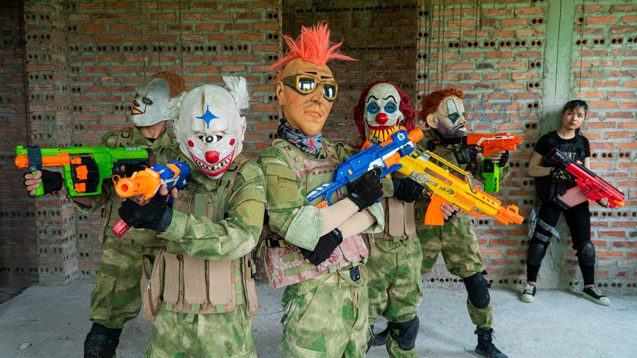 MASQUE Nerf War: Special Police Girl Alpha Nerf Guns Fight Black Panther Mask Gang Wanted