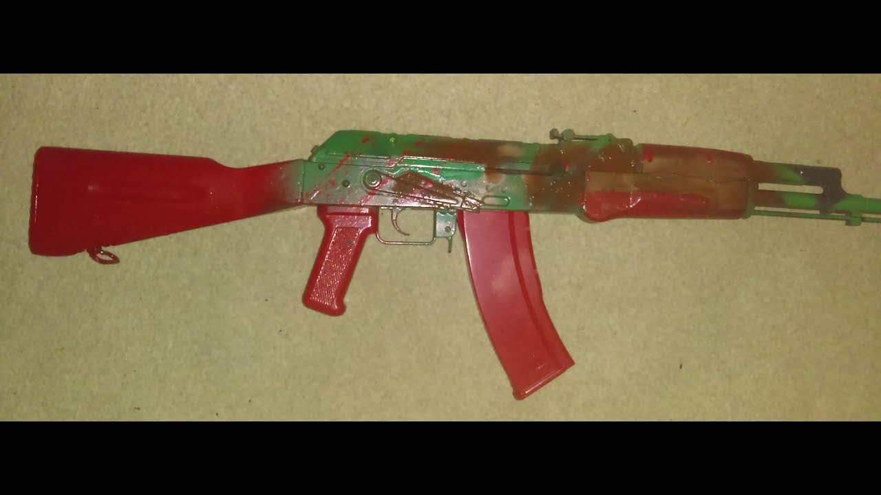 Test Airsoft du fusil à ressort AK74 de M&W Toystar (rouge éclaboussé de sang)