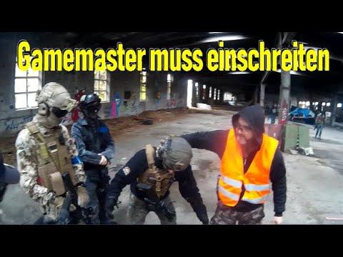 4 personnes, la roulette russe et un joueur d'Airsoft qui panique … // Trouble in Terrorist Town