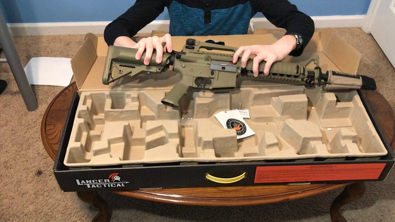Revue du pistolet + équipement Airsoft Lancer Tactical M4
