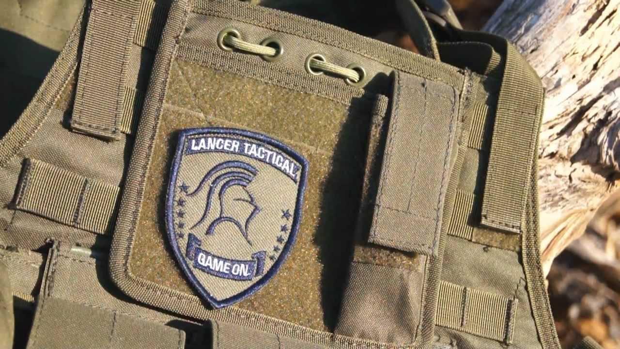 Examen du porte-plaques tactique Lancer Airsoft