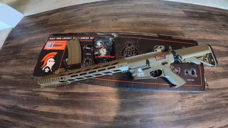 mon nouveau pistolet airsoft Lancer Tactical