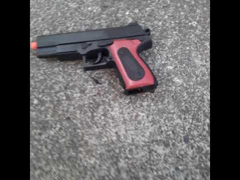 examen du pistolet airsoft pas un pistolet réel