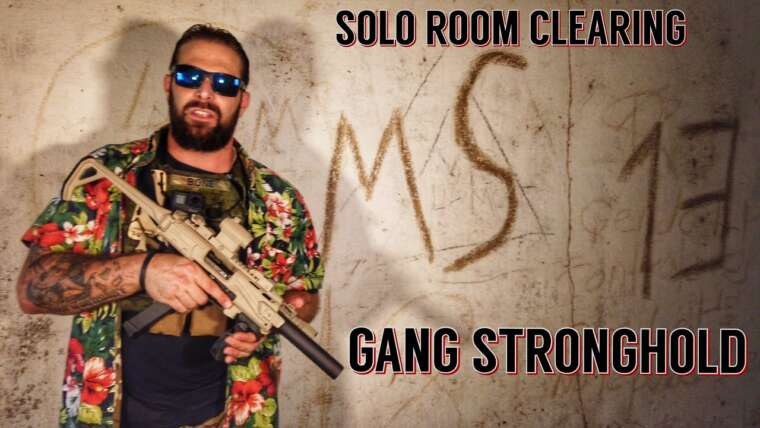 SOLO ROOM CLEARING Ancien QG MS13 Gangland (Partie 1)