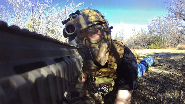 Airsoft Stealth Hunter: Elite Force M27 IAR (War Of Angels Gameplay / Commentaire)