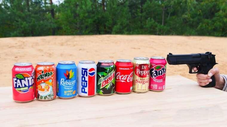 Expérience: Gun vs Coca Cola, Fanta, Sprite, Pepsi et bien d'autres sodas