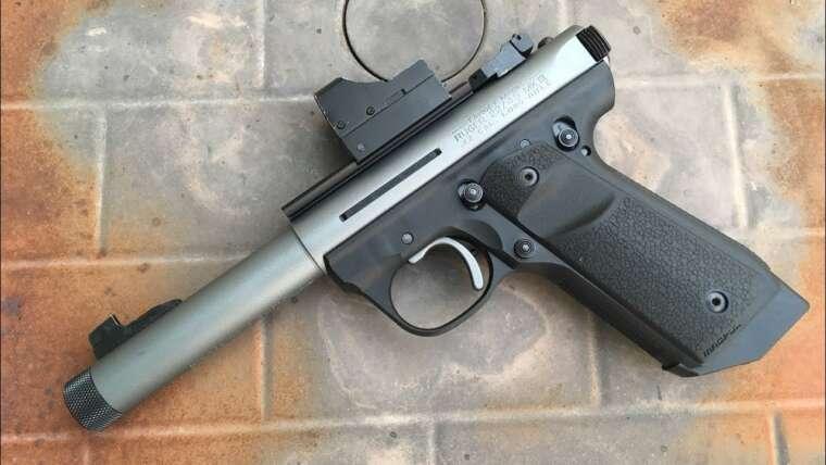 Vendredi des armes à feu: Ruger MKIII 22/45 – Installation du kit de précision Volquartsen