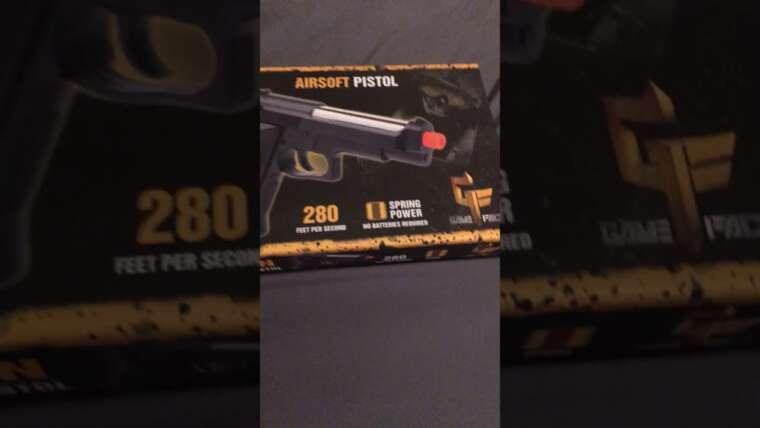 Revue du pistolet Airsoft à ressort Recon.