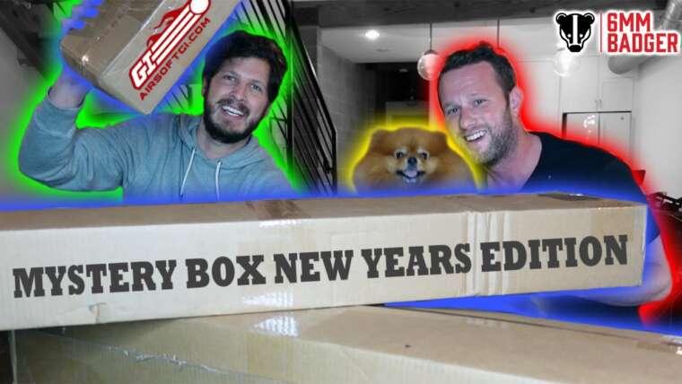 Un TRIPLE Mystery Box Unboxing … QUOI !?  – Édition du Nouvel An AirsoftGI