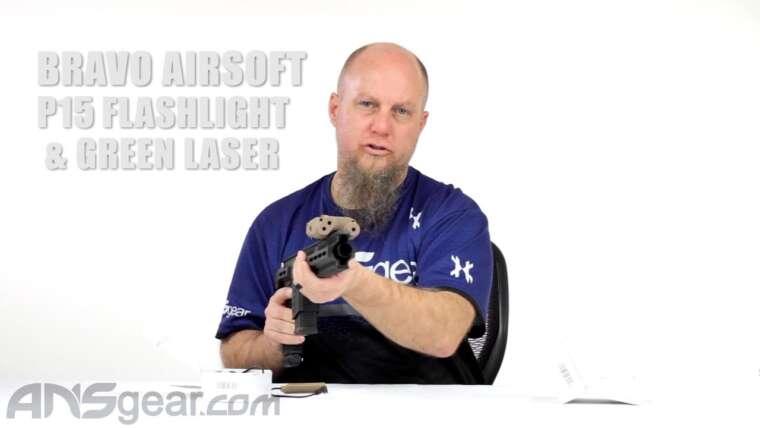Lampe de poche Bravo Airsoft P15 et laser vert – Critique