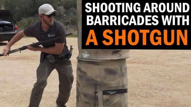Tirer autour des barricades avec un fusil de chasse avec le champion national à 3 canons Joe Farewell