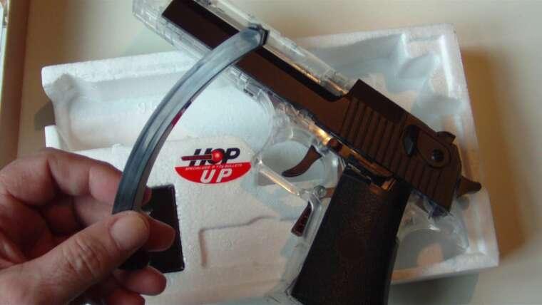 Revue du pistolet électrique à décharge électrique Airsoft Black Viper UM-653G de Just BB Guns
