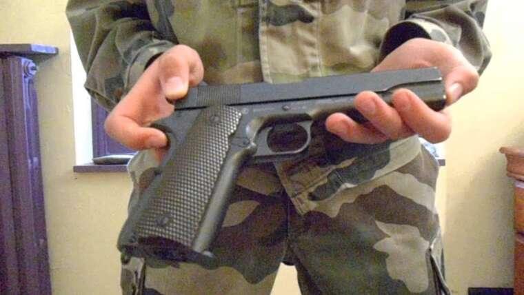 Évaluer Airsoft Colt 1911 KWC